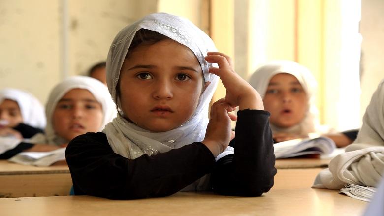 Aumenta la matrícula escolar de niñas en Afganistán gracias a la construcción de nuevas instalaciones
